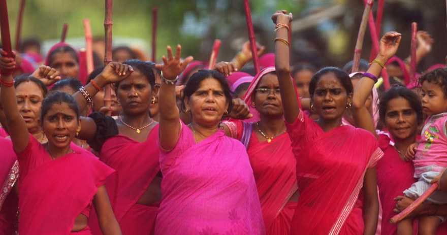 Gulabi Gang Al Jazeera Hear the Human Story